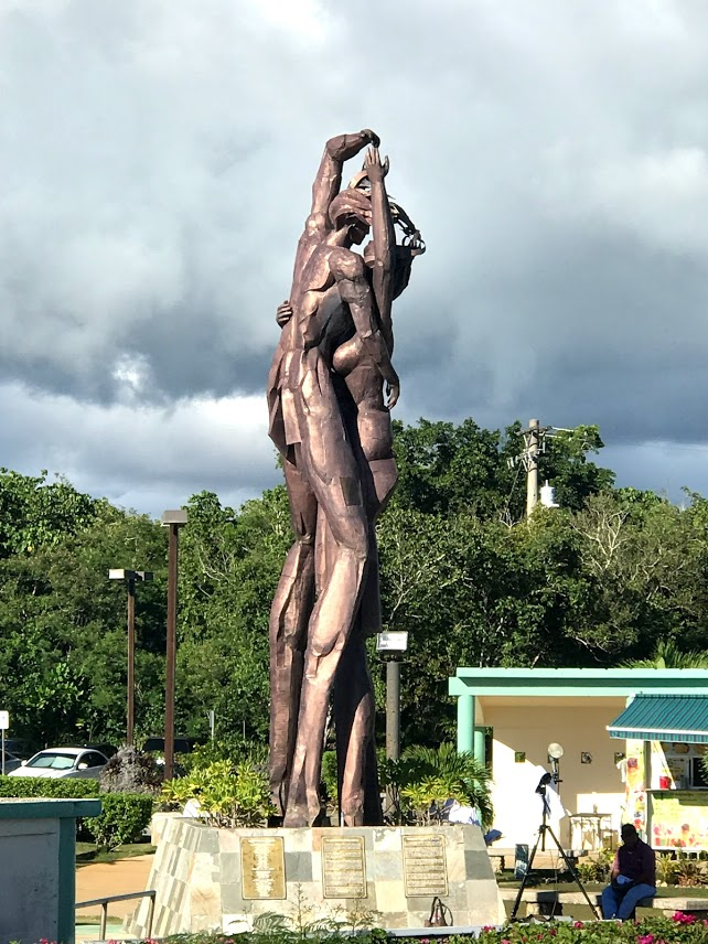 Statue at Two Lover's Point